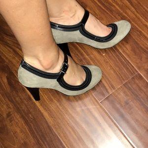 ⭐️SALE!!!⭐️Gianni Bini Fioni Heels